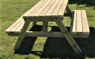 Wooden garden furniture vs metal or plastic