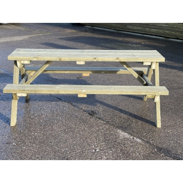 Front View Of Picnic Bench